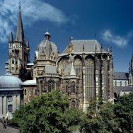 Gottesdienste aus dem Aachener Dom anschauen